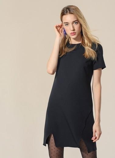 Yırtmaç Detaylı Elbise-Agenda